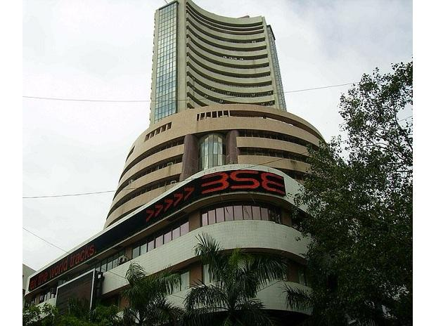 Indian shares edge up as financials gain; Reliance hits record high