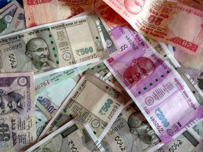 India Rupee Steady This Wk; RBI Intervention Trims Shares' Impact