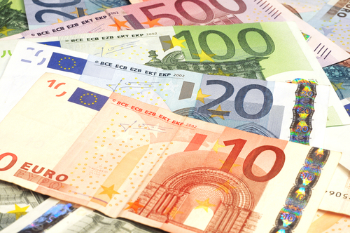Euro firms as ECB policymakers calm worries; Norwegian crown shoots up